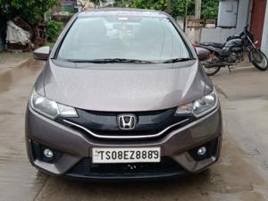 Honda Jazz VX 1.5L i-DTEC (2016) in Hyderabad