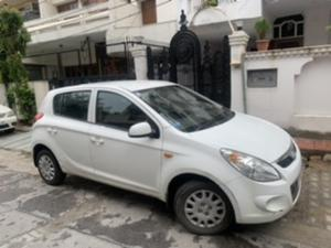 Hyundai i20 Magna Petrol (2011) in New Delhi