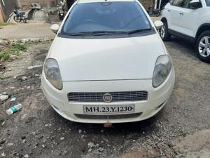 Fiat Punto Emotion 1.4 (2011) in Latur