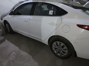 Hyundai Verna 1.6 CRDI E (2017) in Bareilly