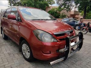 Toyota Innova 2.5 G4 7 STR (2007) in Nagpur