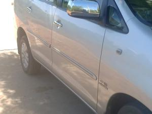 Toyota Innova 2.5 VX 7 STR BS IV (2010) in Tirunelveli