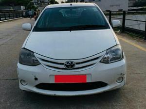 Toyota Etios Liva GD (2013)