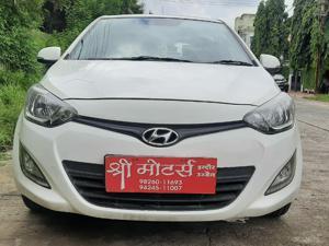 Hyundai i20 Sportz 1.2 (O) (2012)