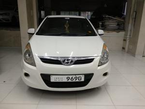 Hyundai i20 Magna 1.4 CRDI (2012)