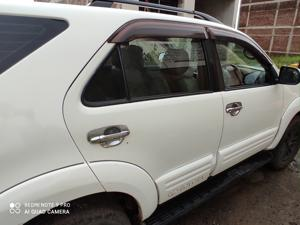 Toyota Fortuner 3.0 4X2 MT (2015) in Jabalpur