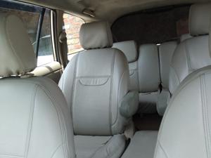Toyota Innova 2.5 EV MS 7 STR (2006) in Amritsar