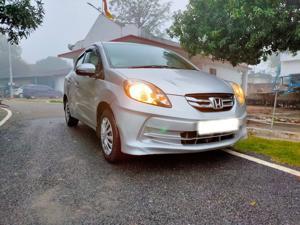 Honda Amaze 1.5 S i-DTEC (2015) in Varanasi