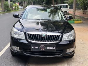 Skoda Laura L&K 2.0 TDI AT (2012) in Bangalore
