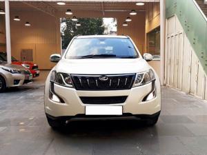 Mahindra XUV500 W10 AWD (2015)