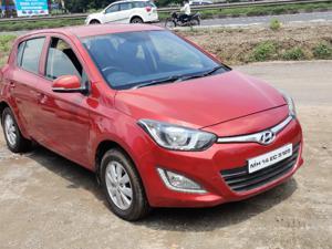 Hyundai i20 Sportz 1.4 CRDI (2014) in Pune