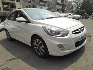 Hyundai Verna 1.6 CRDI SX Plus AT (2015)