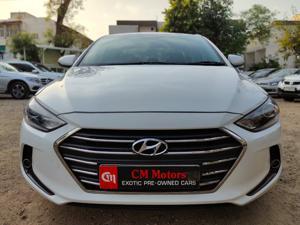 Hyundai Neo Fluidic Elantra 1.6 SX(O) AT (2017) in Ahmedabad