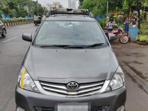 Toyota Innova 2.5 G4 8 STR (2009)