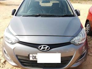 Hyundai i20 Magna(O) Diesel (2014) in New Delhi