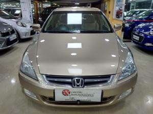 Honda Accord 2.4 VTi L MT (2003)
