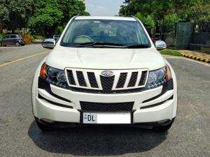Mahindra XUV500 Xclusive (2015) in New Delhi
