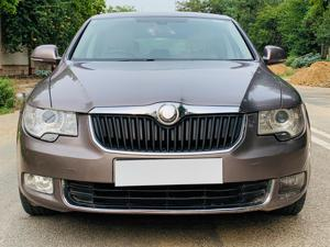 Skoda Superb 1.8 TSI MT Elegance (2013)