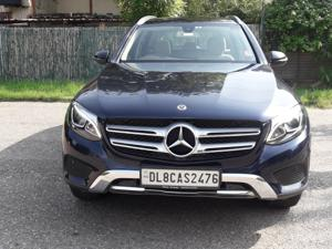 Mercedes Benz GLC 300 (2017)