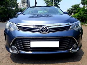 Toyota Camry 2.5L Automatic (2015)