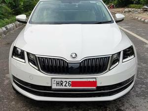 Skoda Octavia Style Plus 1.8 TSI AT (Petrol) (2018) in New Delhi