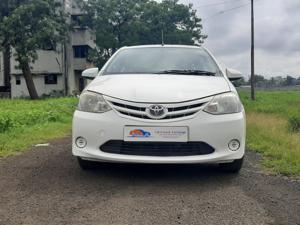 Toyota Etios GD (2013) in Malegaon