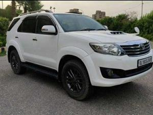Toyota Fortuner 4x2 AT (2013) in New Delhi