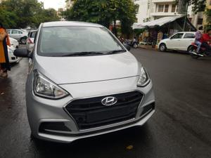 Hyundai Xcent 2nd Gen 1.1 U2 CRDi 5-Speed Manual SX (2017) in Raisen