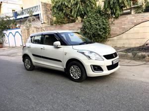 Maruti Suzuki Swift LXi ( Optional ) (2017) in New Delhi