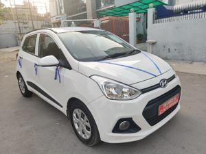 Hyundai Grand i10 Sportz 1.1 U2 CRDi Diesel (2014) in New Delhi