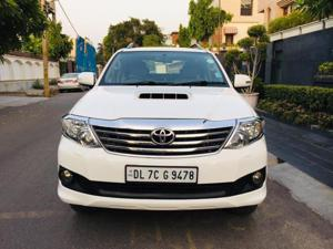 Toyota Fortuner 3.0 4X2 AT (2012) in New Delhi
