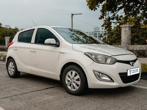 Hyundai i20 Sportz 1.4 AT (2013) in Mumbai