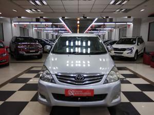 Toyota Innova 2.5 G4 7 STR (2011) in Bangalore