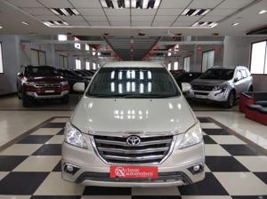 Toyota Innova 2.5 VX 7 STR BS IV (2014)