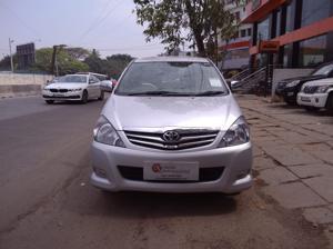 Toyota Innova 2.5 V 7 STR (2010) in Bangalore