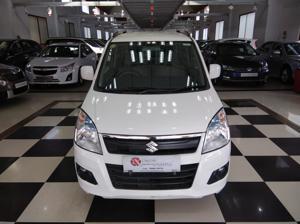 Maruti Suzuki Wagon R 1.0 Vxi AMT (2016) in Hospet