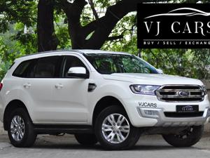 Ford Endeavour Trend 2.2 4x4 MT (2016)