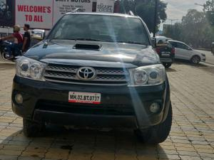 Toyota Fortuner 3.0 MT (2010) in Ahmednagar
