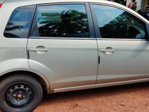Ford Figo Duratec Petrol Titanium 1.2 (2011) in Goa