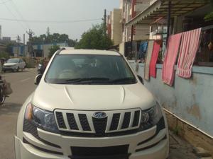 Mahindra XUV500 W8 AWD (2013) in Mehsana