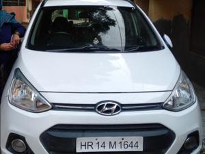 Hyundai Grand i10 Sportz 1.1 U2 CRDi Diesel (2015) in Bhiwani