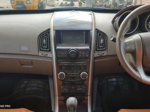 Mahindra XUV500 W8 FWD (2011) in Warangal