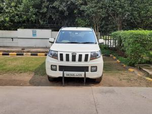 Mahindra TUV300 T10 AMT (2017) in Gurgaon