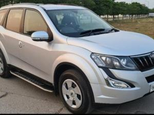 Mahindra XUV500 W6 FWD AT (2016) in Ballabgarh