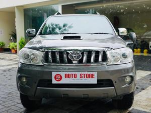 Toyota Fortuner 3.0 MT (2010) in Malegaon