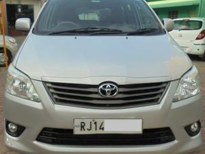 Toyota Innova 2.5 G (Diesel) 7 STR Euro3 (2010)