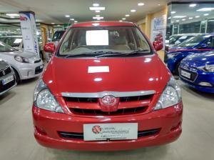 Toyota Innova 2.5 G4 8 STR (2007)