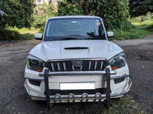 Mahindra Scorpio S4 PLUS (2015)
