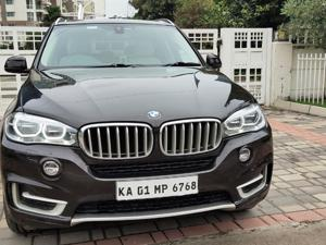 BMW X5 xDrive30d Pure Experience (5 Seater) (2016)