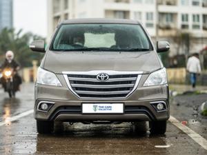 Toyota Innova 2.5 ZX (Diesel) 7 STR Euro3 (2015)